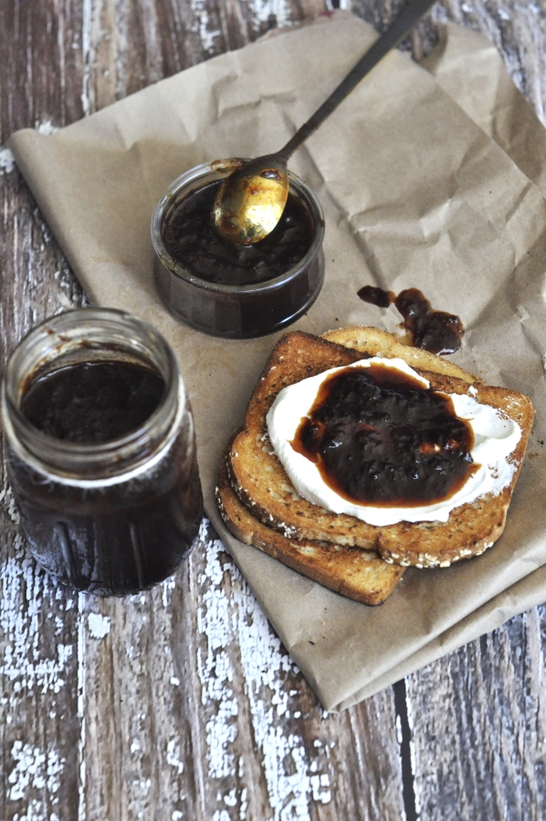 sweet_and_spicy_plum_chutney2