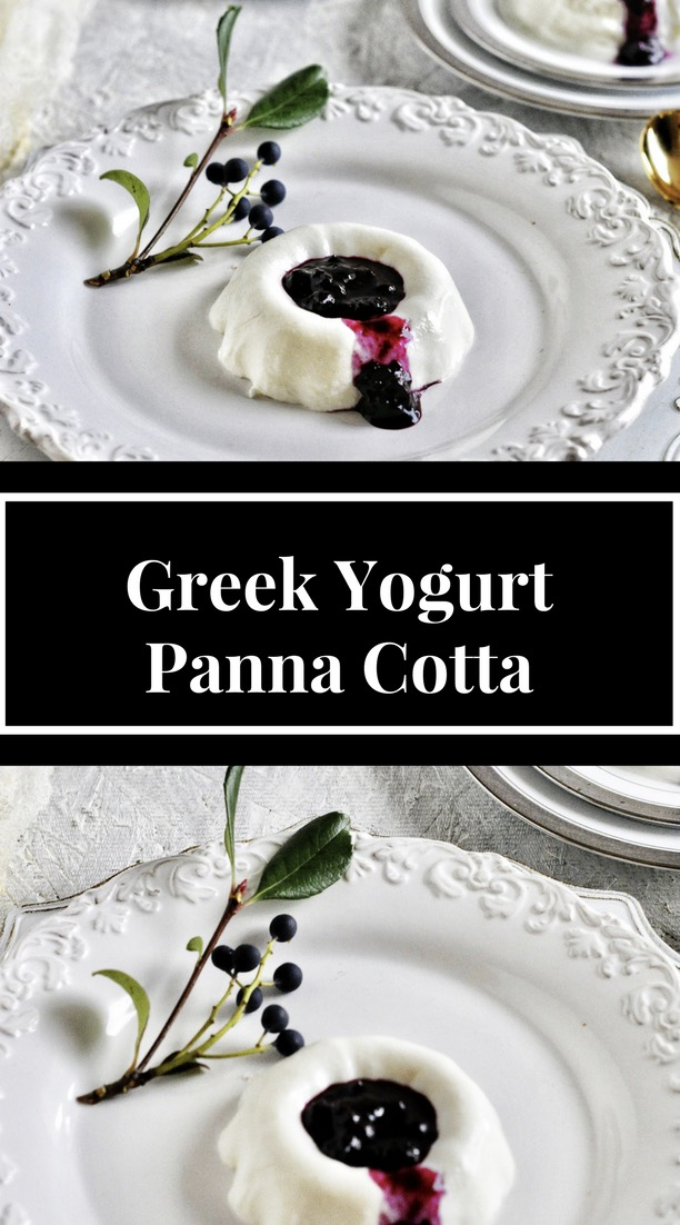 Greek_Yogurt_Panna_cotta_with_Bluberry_Coulis