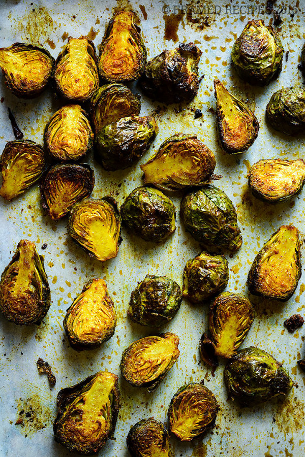 Oven_Roasted_Brussel_Sprouts_DSC0856-600x900