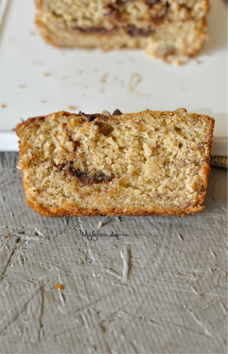 Banana_Bread_with_Nutella_Swirl