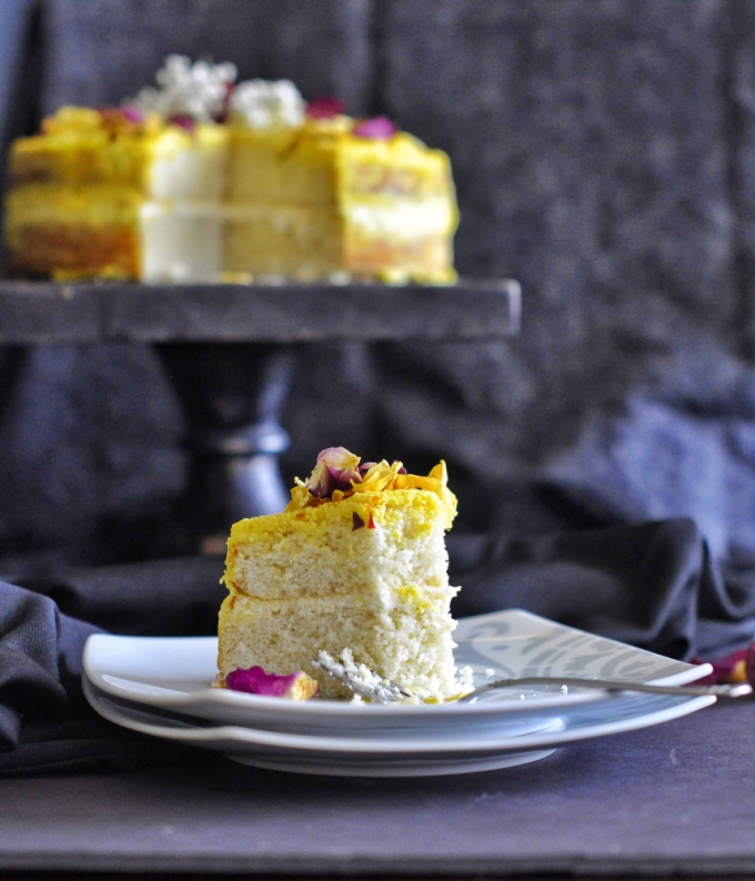 sandesh-cake_with_saffron_&_rosewater1