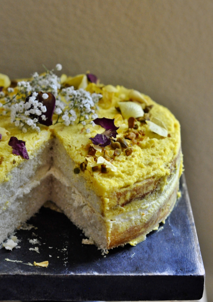 sandesh-cake_with_saffron_&_rosewater4