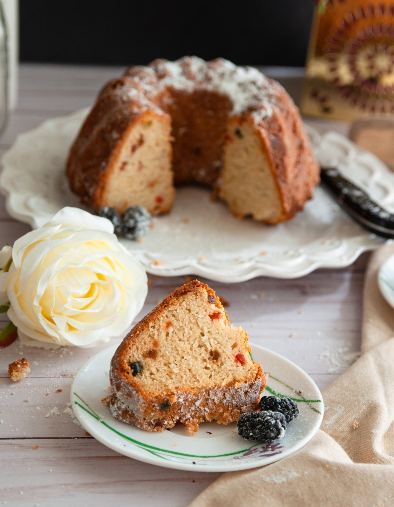 An moist and spongy egg free and butter free cake made with yogurt and olive oil.