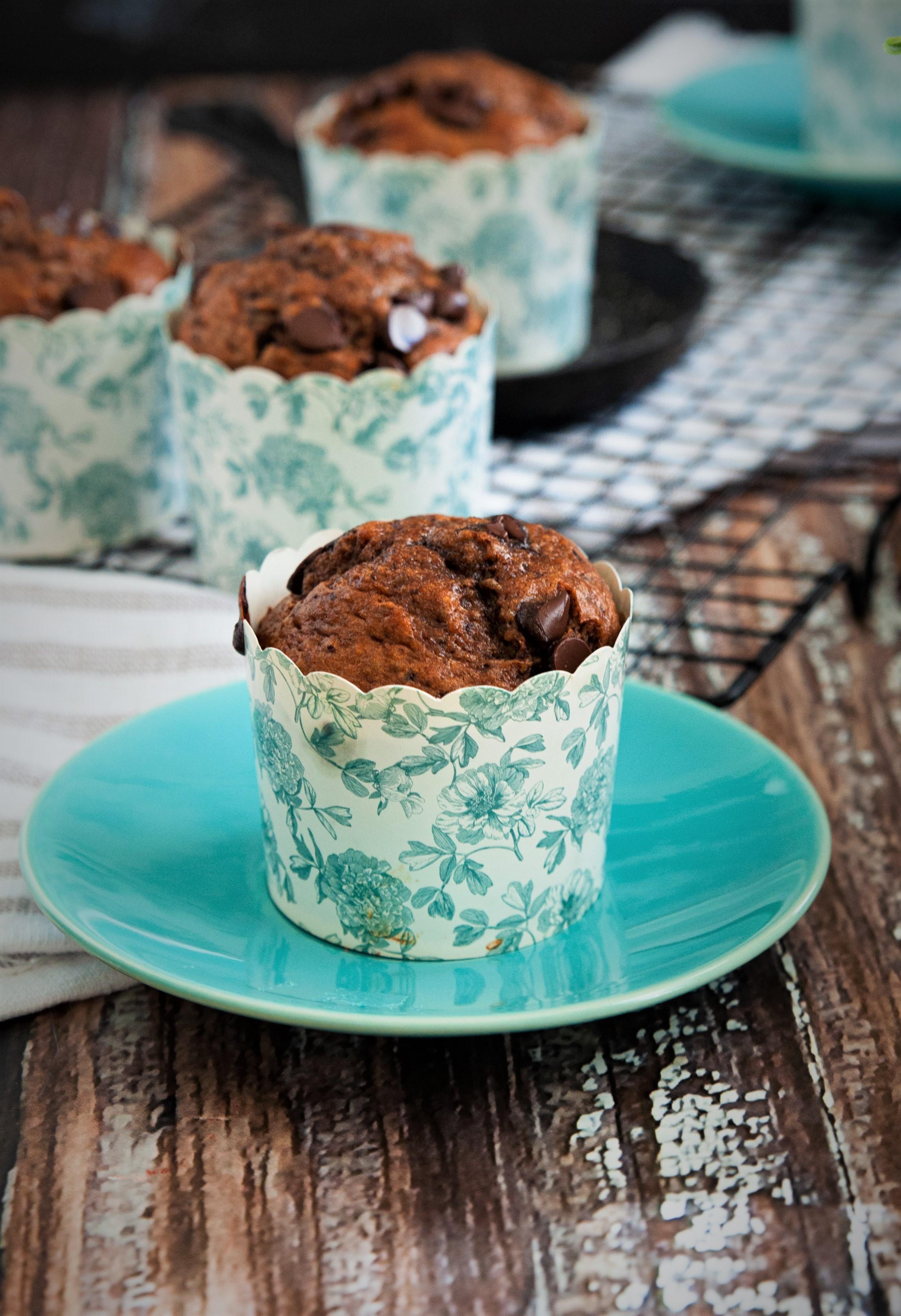 sugar free and gluten free chocolate banana breakfast muffins
